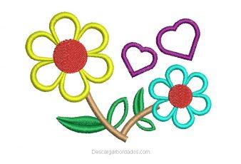 Diseño bordado de flores con corazones