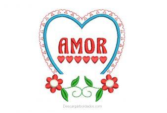 Bordado de corazón con letra amor