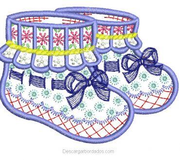 Bordado de medias para bebes