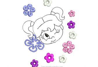 Diseño Bordado de Niña con Flores