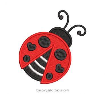 Diseño bordado de abeja con corazón