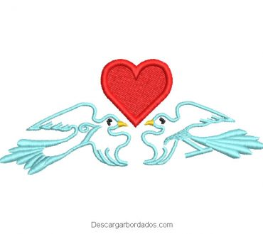 Diseño bordado de palomas con corazón en medio